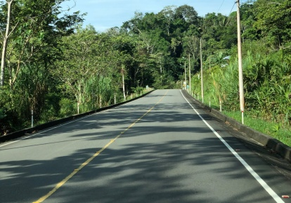 Excellent pavement on new, lightly traveled highway on way to the Gran Selva Lodge - but you cannot pull off anywhere!