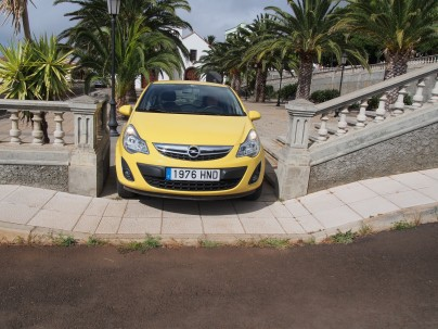 Not all routes in the Canary Islands were made with cars in mind... roads can be tight - even for small cars.